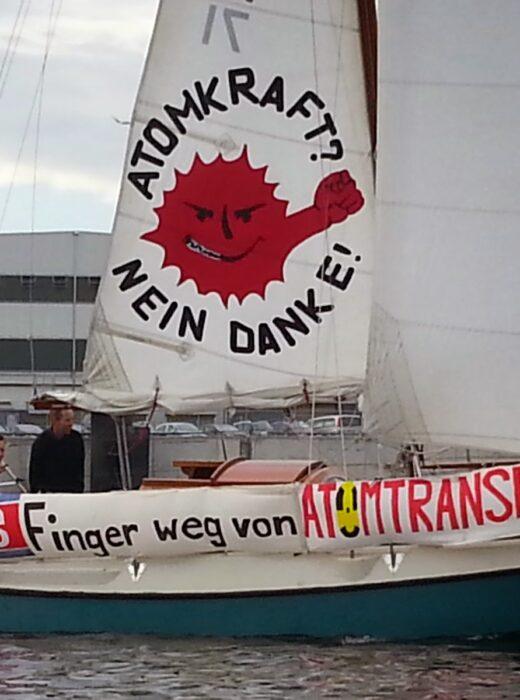 Protest gegen Atomtransporte Stena Line Kiel