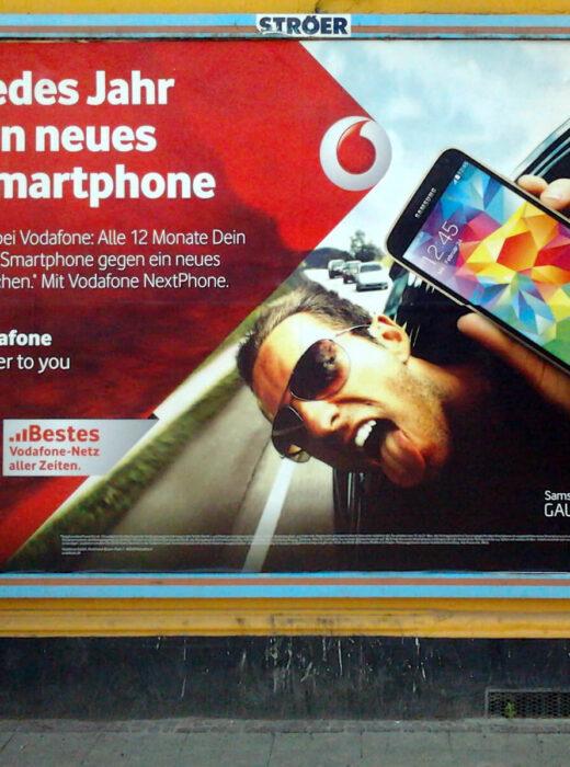 """Vodafone Werbeplakat für die Kampagne """"NextPhone"""""""
